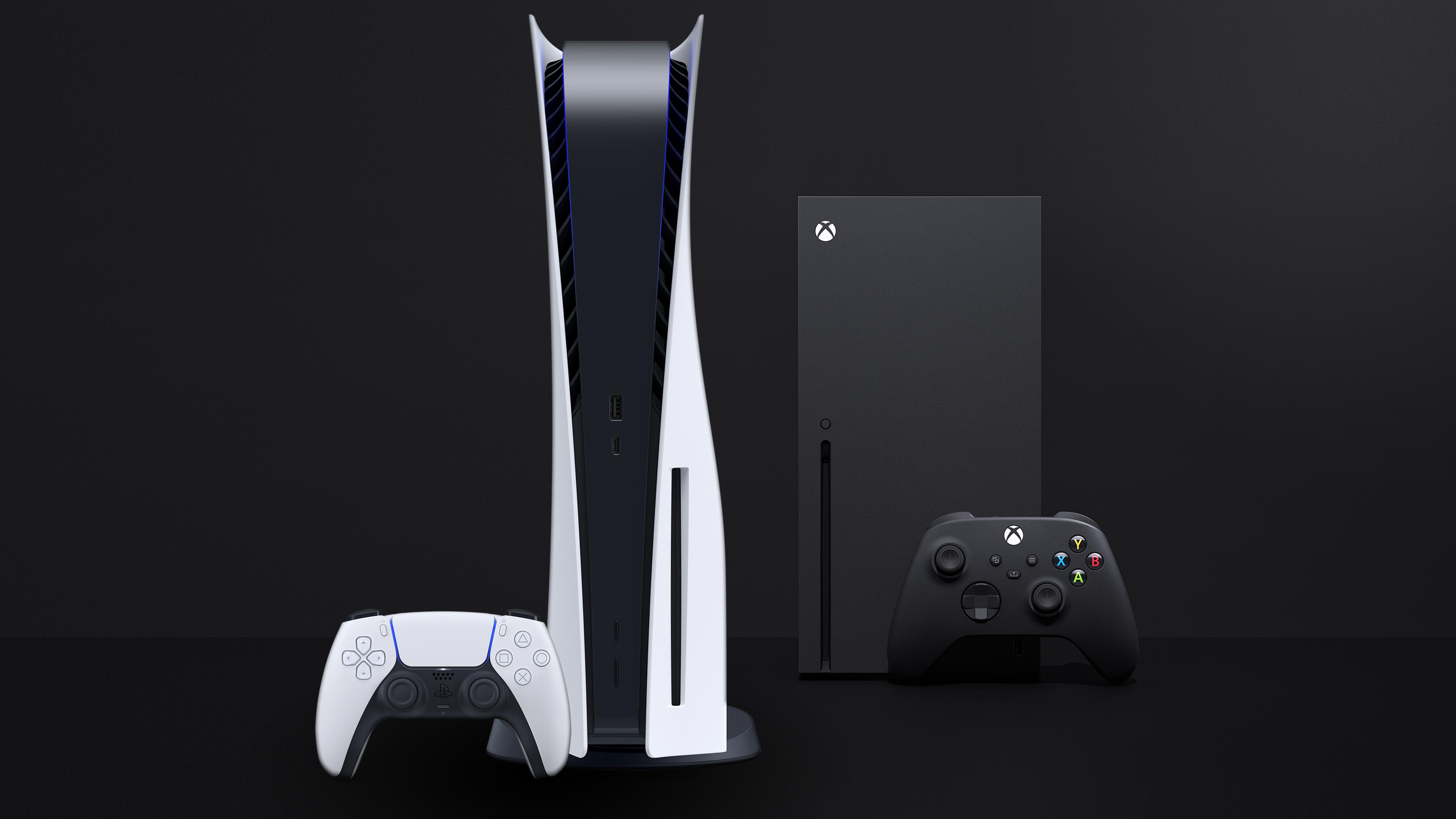Afbeelding met daarop de PlayStation 5 en DualSense-controller, tegenover de Xbox Series X en diens bijbehorende gamepad.